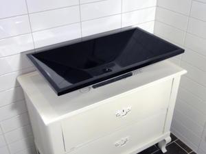 Handfat i sten, Black Box SFSJ0028